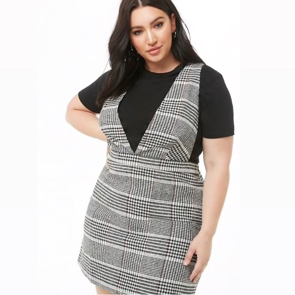 Brand new plus size houndstooth pinafore dress NWT